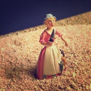 Vintage mini Maria pewter figurine